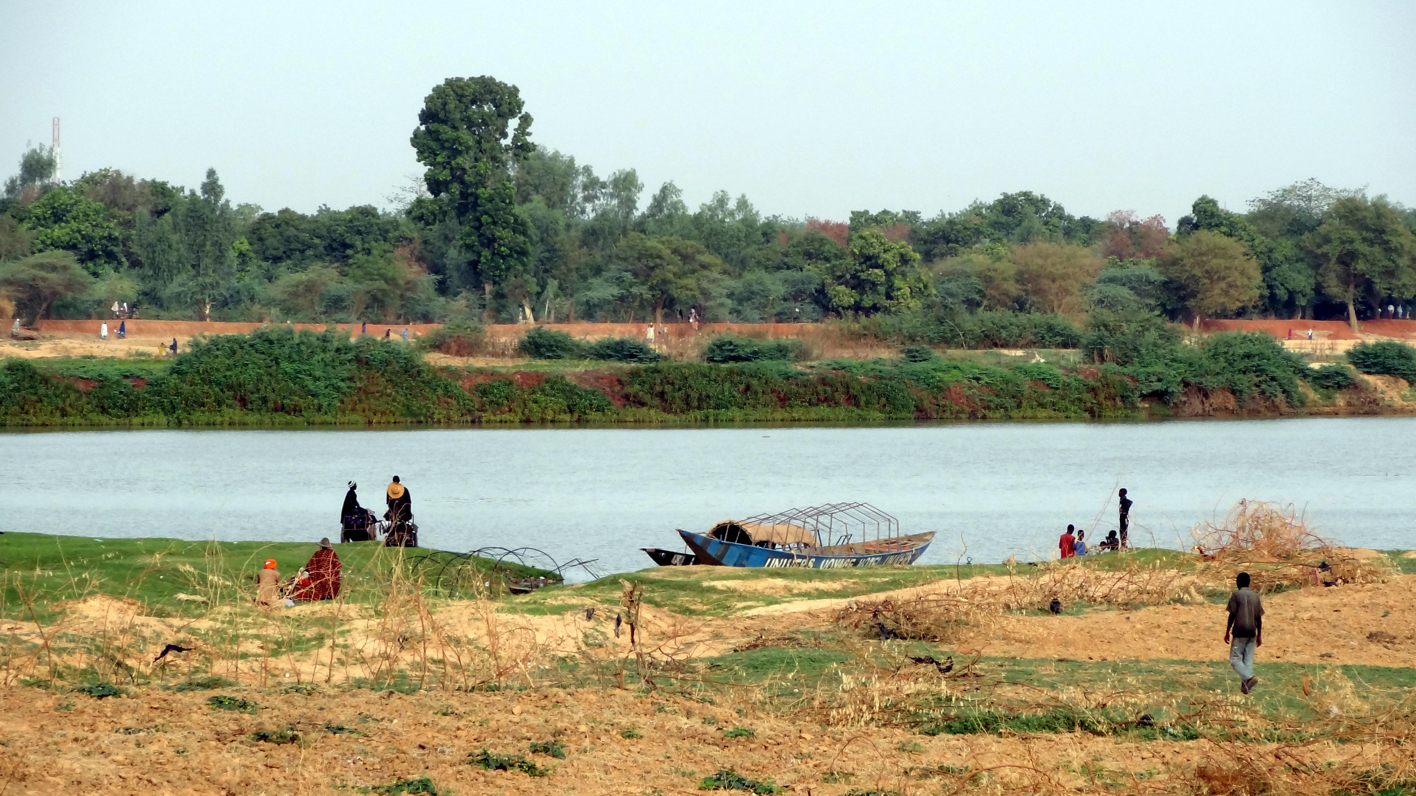fleuve-niger-gens-jean-rebiffe